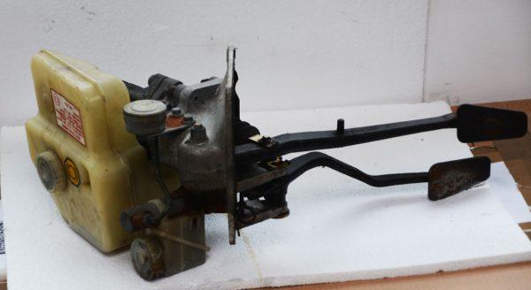 Jaguar XJS brake pedal assembly (complete)
